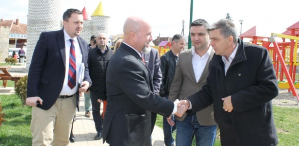 USAID/Kosovo Deputy Mission Director visits implemented projects in Gračanica/Graçanicë